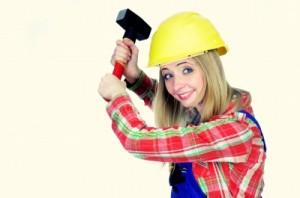 femme au travail sur un chantier